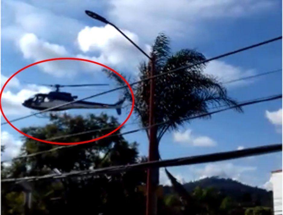 JJ imita a Rafael Moreno Valle: humildemente sale en helicóptero desde su casa en San Pedro Cholula (VIDEO)