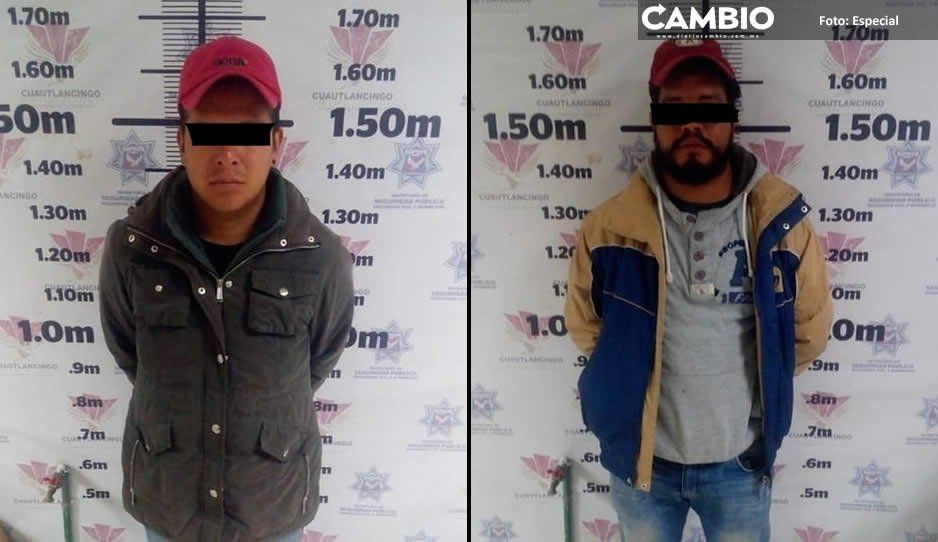 Policías municipales de Cuautlancingo detienen a dos presuntos huachicoleros