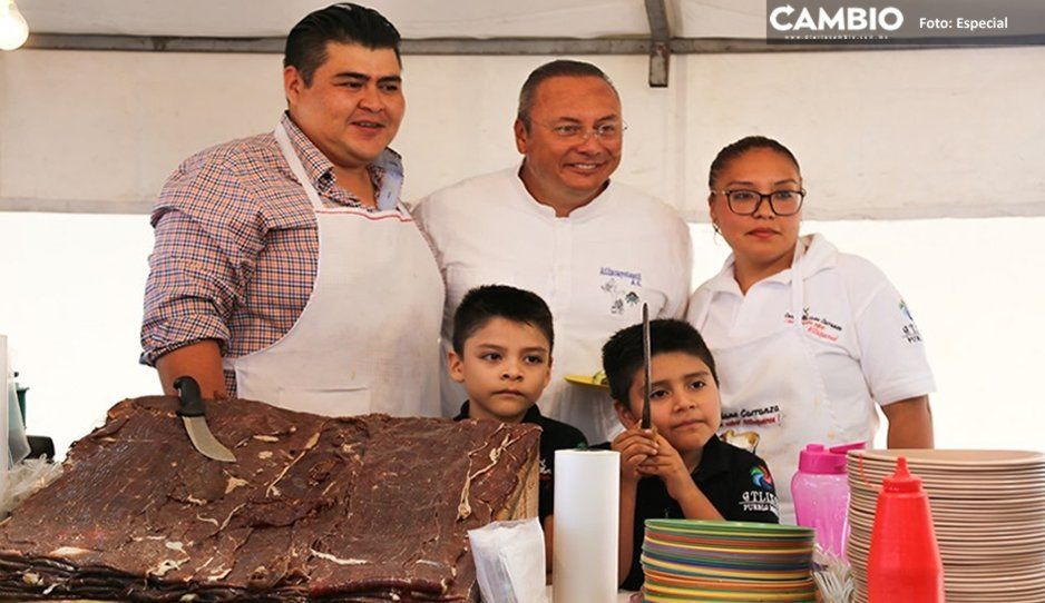 Inicia la Feria de la Cecina en Atlixco con más de 11 toneladas de carne ¡Pasa por tu taquito!
