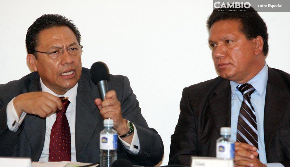 Despojados del Zapotecas amagan con tumbar la patente de la Notaría 2 a Montero Serrano