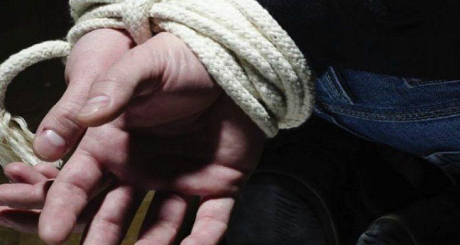 Policías rescatan a ladrón de ser linchado en Texmelucan