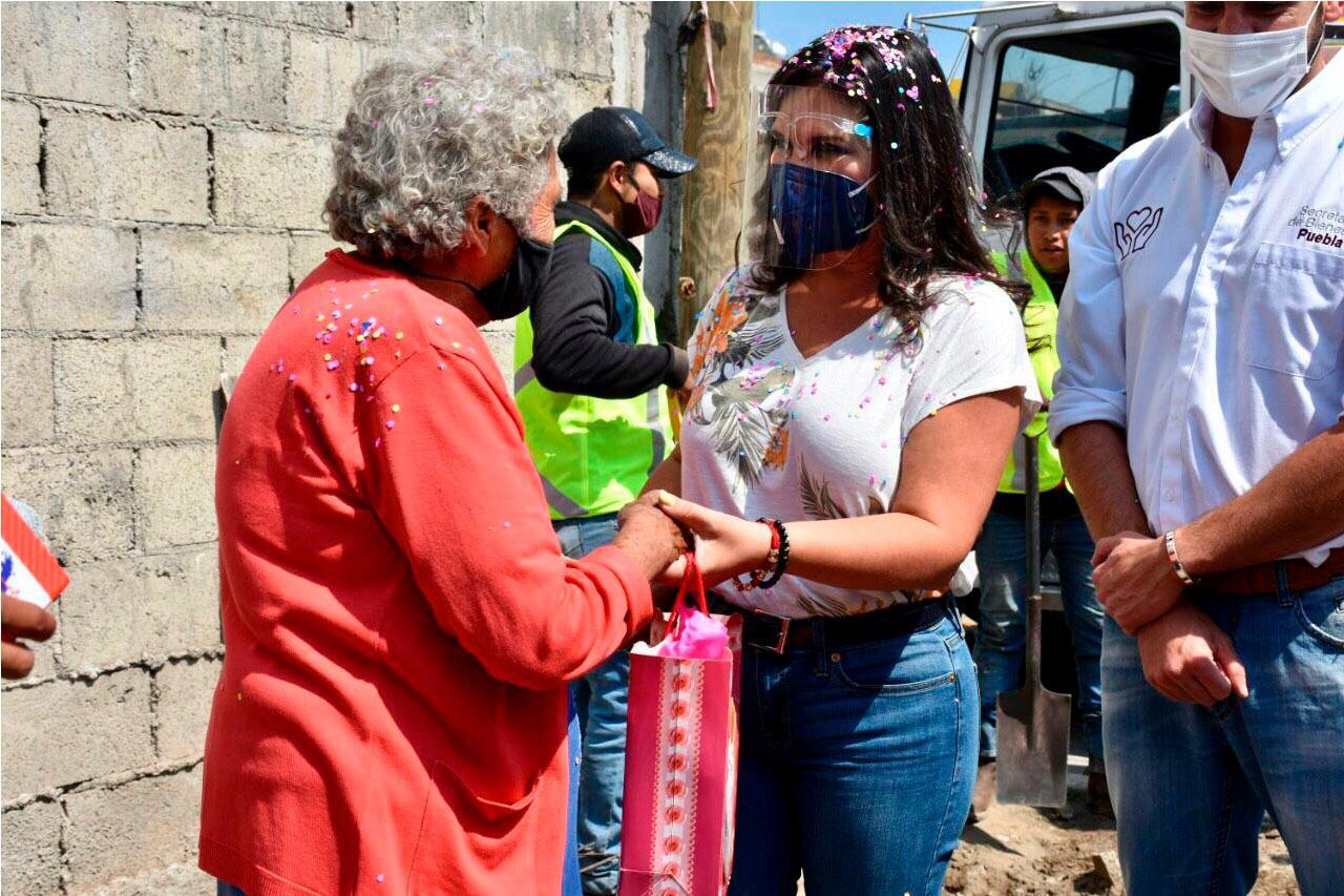 """80 FAMILIAS DE SAN MARTÍN TEXMELUCAN SON BENEFICIARIOS DEL PROGRAMA """"HACER VIVIENDA, HACER FUTURO"""" NORMA LAYÓN2.jpeg"""