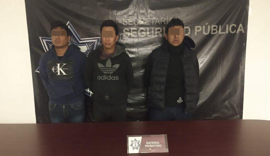 Capturan a tres narcomenudistas en Texmelucan