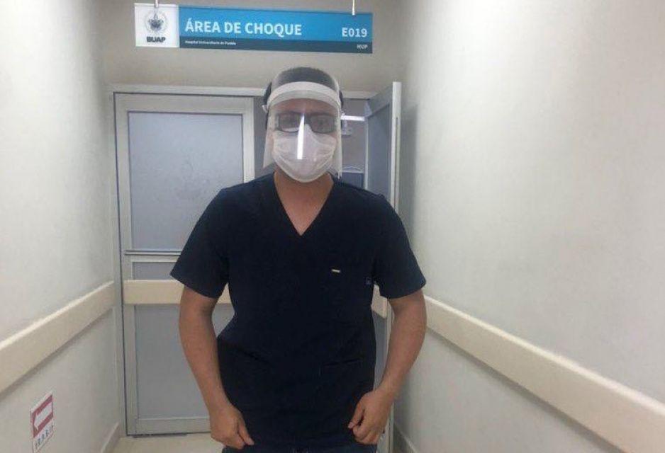 ¡Gracias Ibero! Regala 500 caretas de plástico a Hospital Universitario BUAP