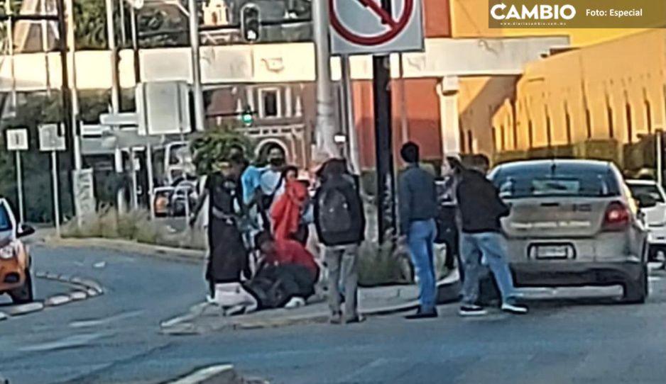 Ministerial embiste a ladrón de celulares en el Bulevar 5 de Mayo (VIDEO)