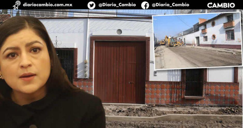Acelera Claudia las obras de su calle para borrar las huellas: la licitó en 14 días (VIDEOS)