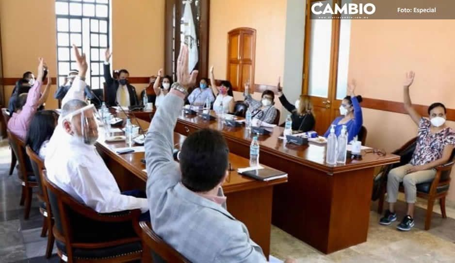 Cabildo de Tehuacán aprueba que el edil presente controversia de revocación de mandato