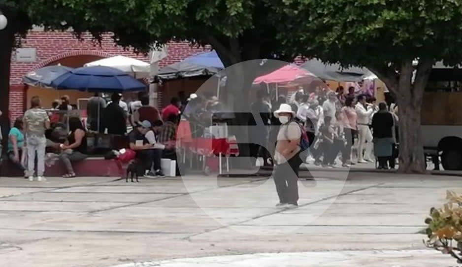 Feligreses se concentran para fiesta patronal en San Andrés sin temor a contagiarse