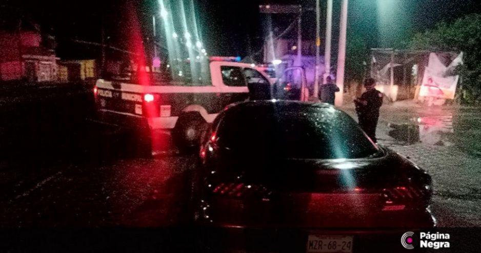 Borracho muerde a policía municipal de Tlacotepec y le amputa un dedo