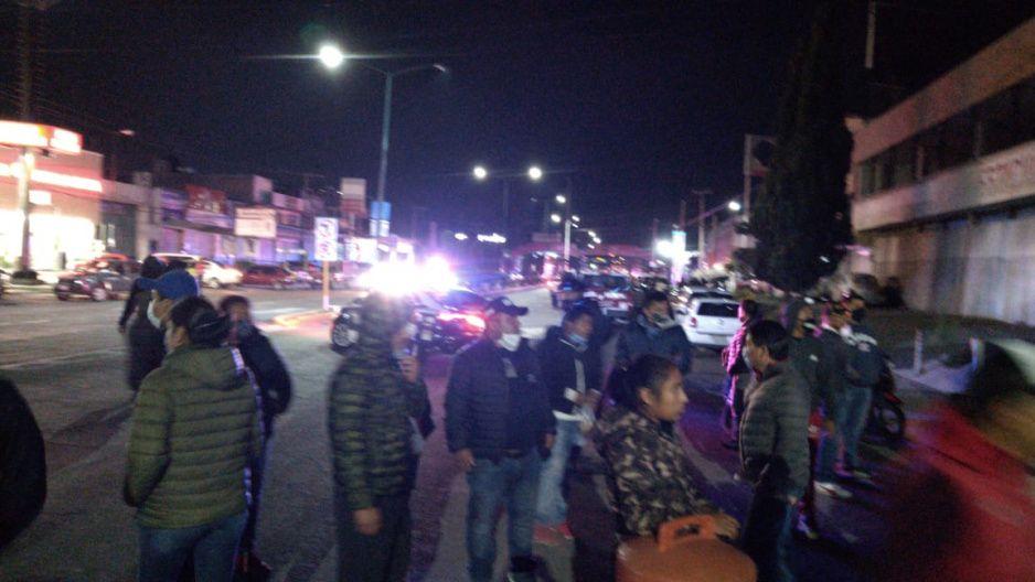 Tras más de dos horas de bloqueo, tianguistas de Texmelucan reabren la autopista México-Puebla
