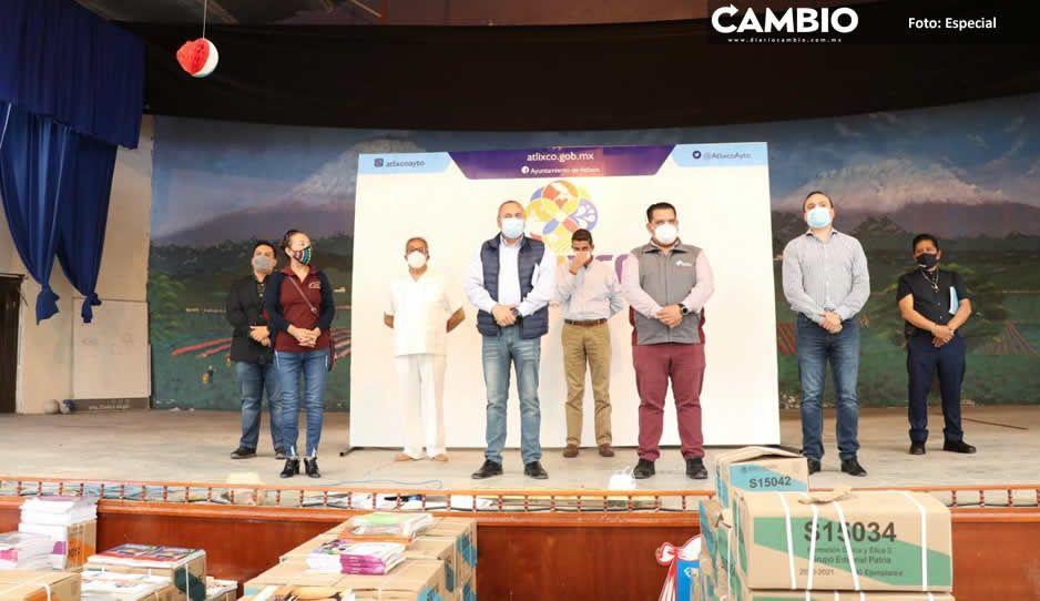 Inicia Comuna de Atlixco y CORDE 16  con la distribución de libros de texto
