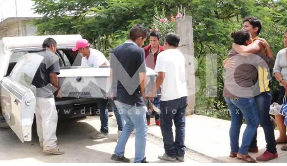 Familiares de linchados en Acatlán niegan indemnización de 40 mil pesos