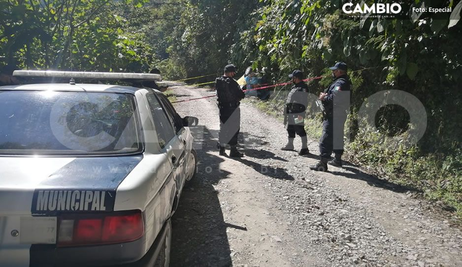 Muere taxista en fuerte volcadura de Xicotepec