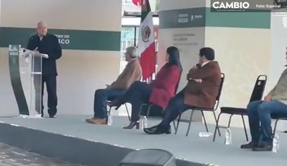 AMLO y Barbosa muestran extrema calidez en Tlaxcalantongo (VIDEO)