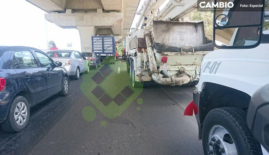 ¡Maneje con precaución! Se registra carambola en la autopista México-Puebla