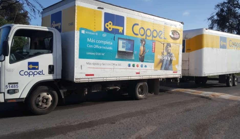 En pleno centro de Texmelucan, recuperan camión de Coppel robado