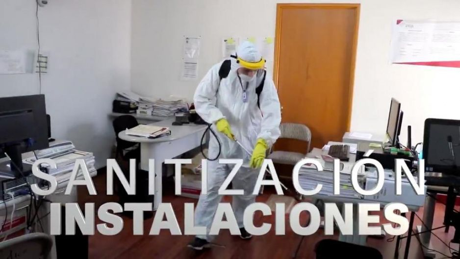 Carreteras de Cuota se preocupa de sanitizar sus oficinas, pero se olvida de unidades RUTA (VIDEO)
