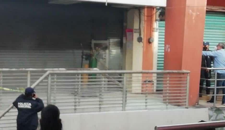 Por gandallas desalojan tienda de la familia de Gabriela Alvarado Lorenzo