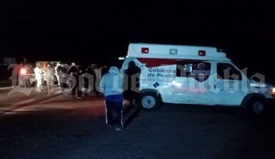 Desarman y retienen a policías en Azumbilla, los acusan de disparar contra un vecino