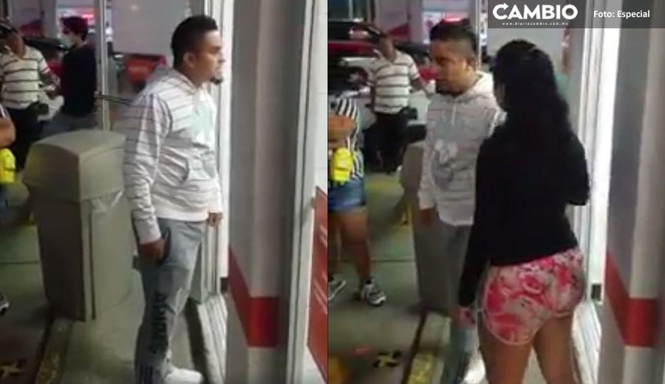 #LordPizza agrede a empleados de pizzería por no dejarlo pasar sin cubrebocas (VIDEO)
