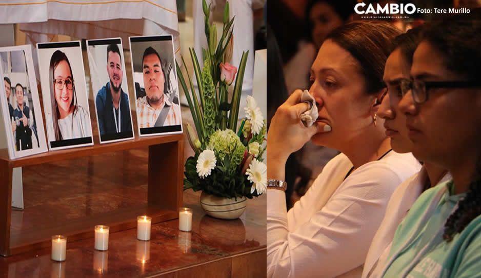 Familiares, alumnos y directivos de UPAEP dan el último adiós a los estudiantes ejecutados en Huejotzingo (VIDEO)