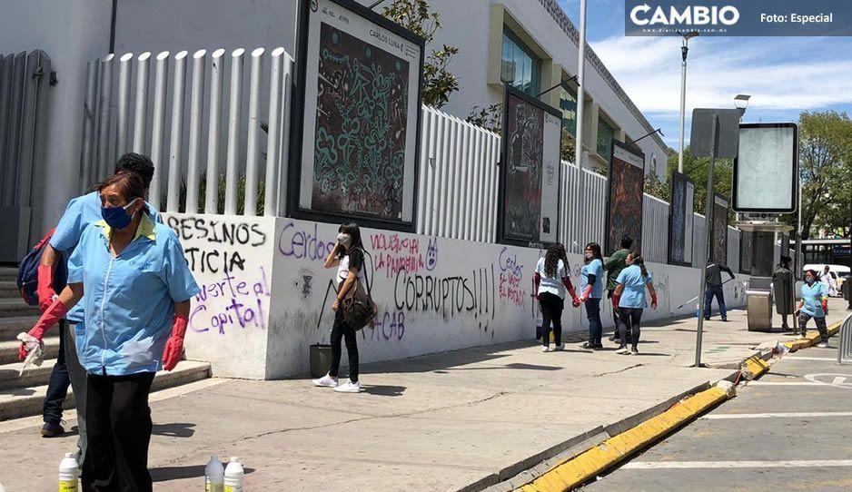 Limpian instalaciones de la FGE tras vandalismo de la infantería de anarquistas de Esparza (VIDEO)