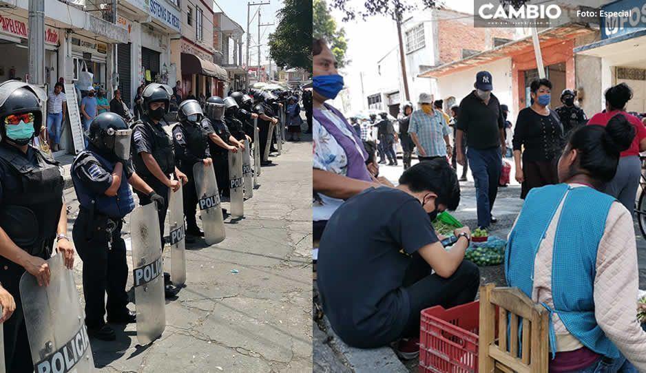Granaderos desalojaron a tianguistas de Atlixco sin usar la violencia
