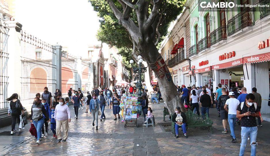 ¡Claudia no puede! ambulantes siguen atiborrando la 5 de Mayo