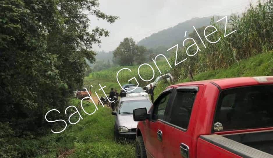 Muere al caer con todo y auto 400 metros en barranca de Zacapoaxtla