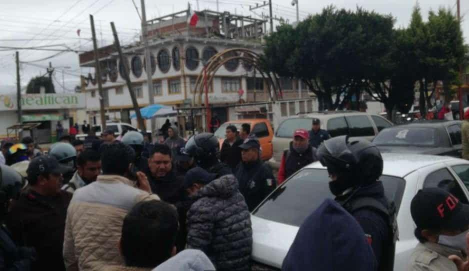 Policías salvan a ratota de ser linchado en Texmelucan