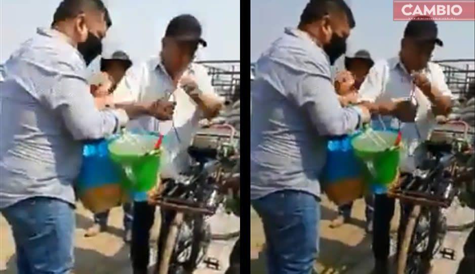 VIDEO: Ayuntamiento de San Andrés le quita canasta a vendedor de tacos