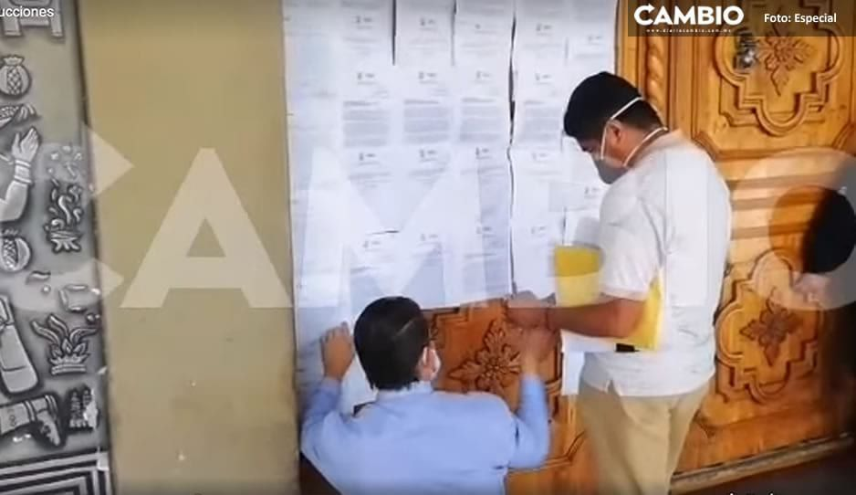 Inicia proceso de disolución del Cabildo; pegan notificación del Congreso en puertas de alcaldía de Tehuacán (VIDEO)