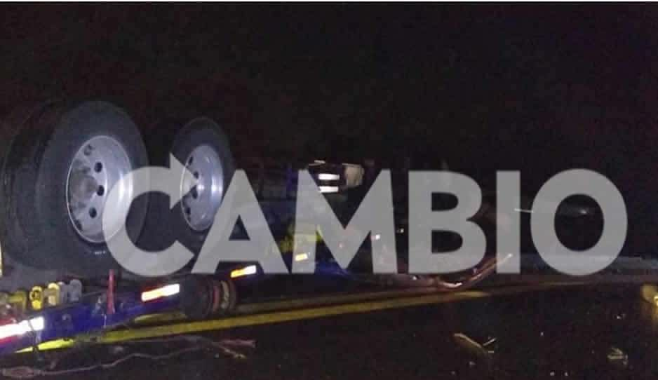 Tráiler mata a madre e hija en la México-Tuxpan