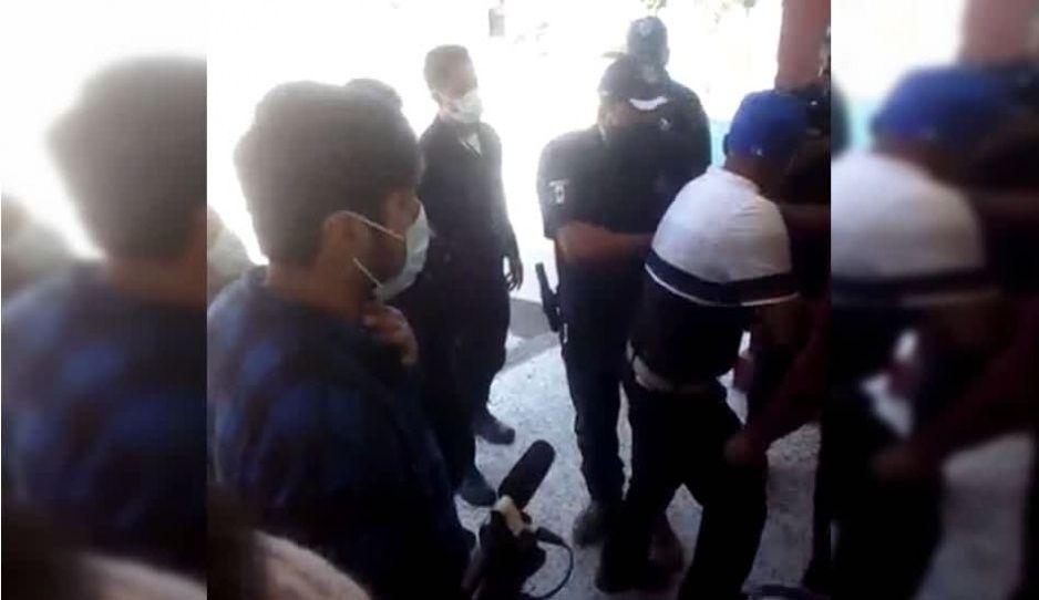 Por pedir mayor seguridad subalterno de Moyotzingo recibe golpiza de policías