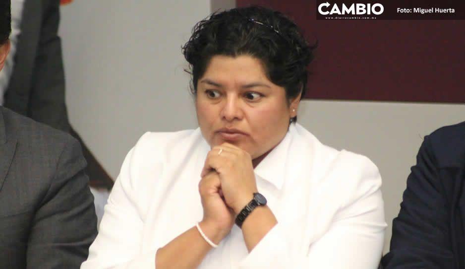 Karina Pérez solapa hostigamiento  laboral y sexual contra una policía