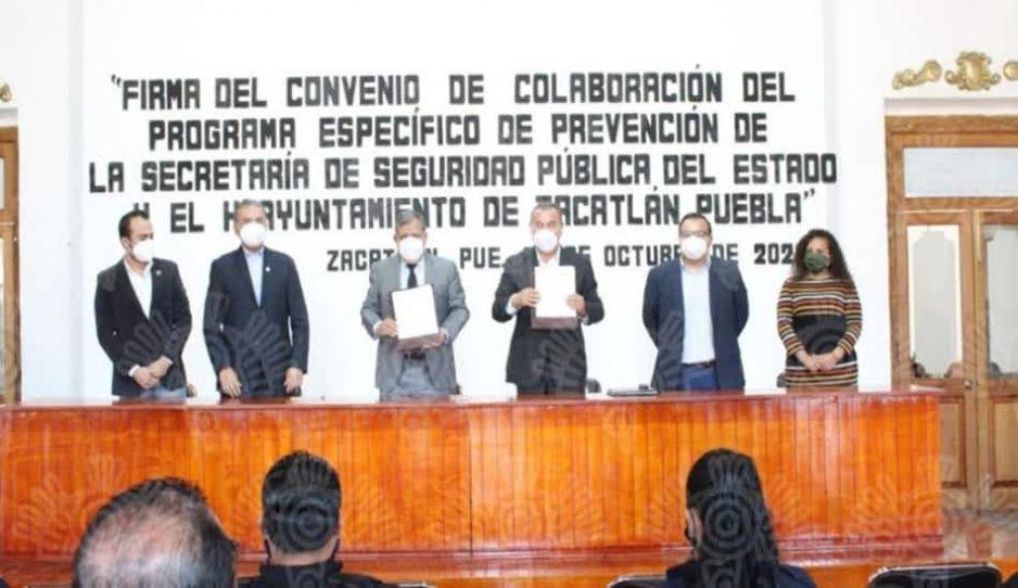 En Zacatlán, Márquez Lecona firma convenio del Programa Específico de Prevención
