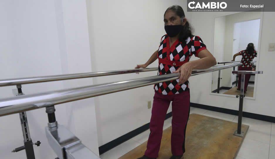 Beneficia SEDIF con una prótesis a persona de  Tlacuilotepec