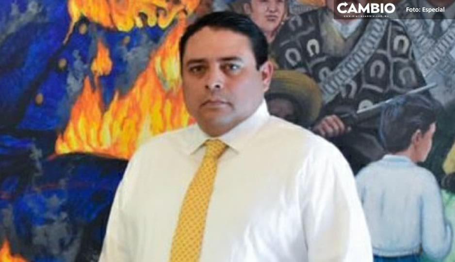 Exhiben a comisario corrupto de Texmelucan; pide 500 mil pesos a familiares de detenido (AUDIO)