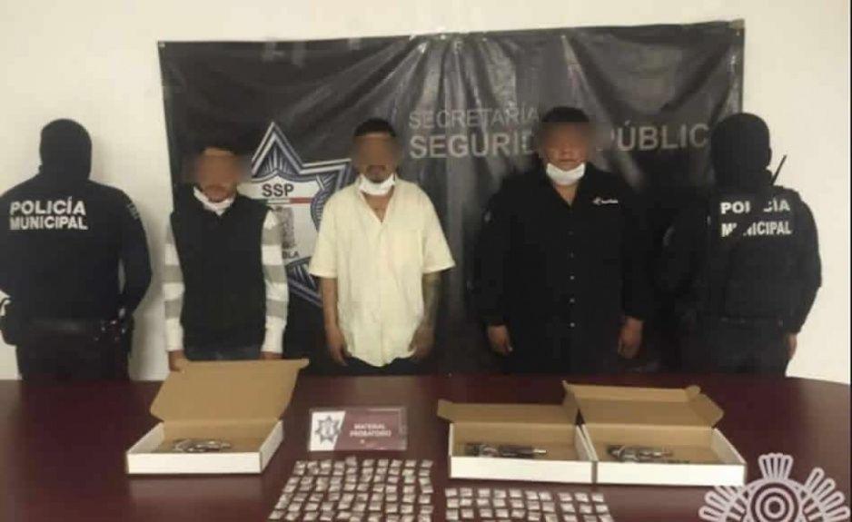 Detienen a asesinos en Texmelucan con armas y droga