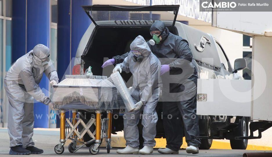 VIDEO: Este el proceso para el traslado de cadáveres por COVID, el féretro es sanitizado y sellado