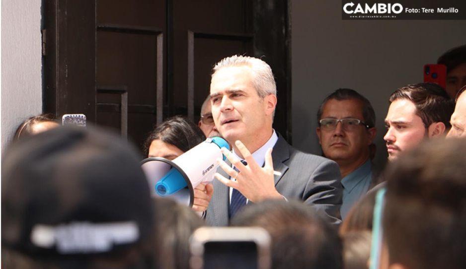 Rector de UPAEP confirma que se reunirá con Barbosa y Esparza