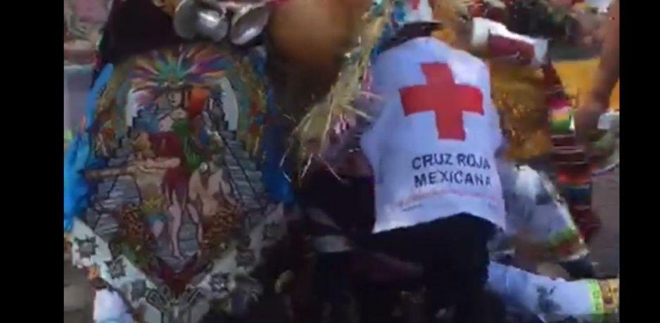 Danzante se prende durante el carnaval de Huejotzingo (VIDEO)