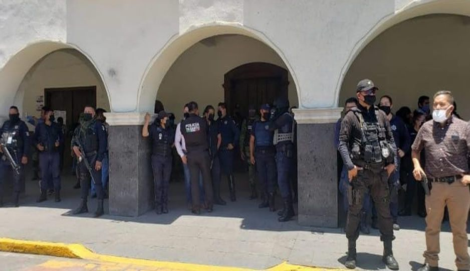¡Cínicos! Suben 15% salarios de policías en Huejotzingo, pese al aumento de delincuencia