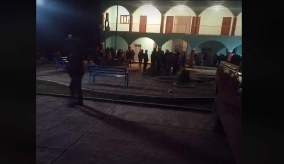 En Coyomeapan, retienen a director de Seguridad Pública y exigen 500 mil para su liberación
