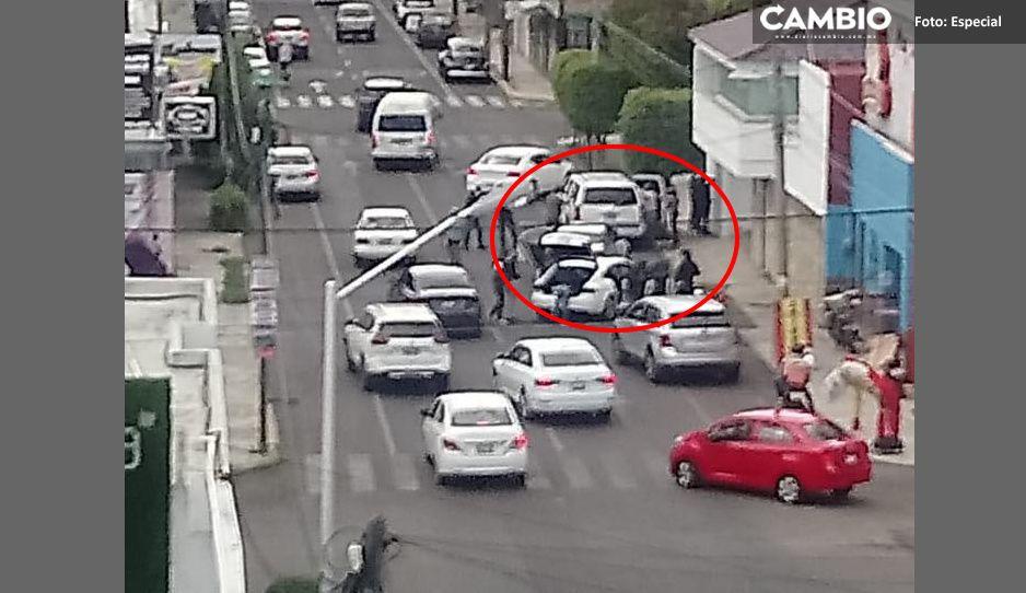 Fiscalía Detiene a tripulantes de Suburban frente a la Notaría de Marín (VIDEO)