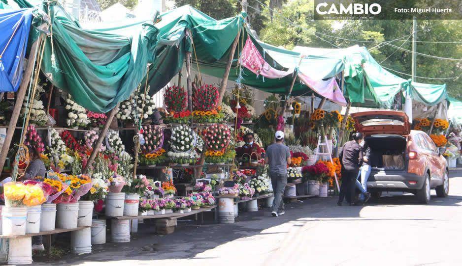 Por cierre de panteones, floristas prevén caída del 90% en ventas