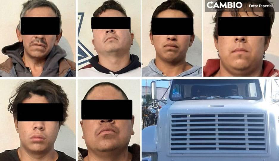 Policía de Texmelucan recupera unidad con reporte de robo y detiene a seis ratas