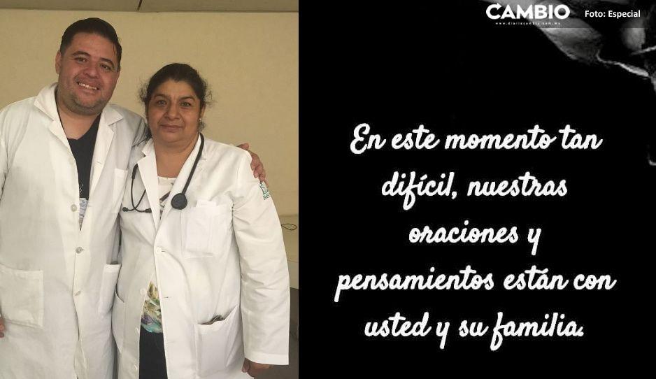 Médicos IMSS La Margarita le dan el último adiós a Doctora Mari Tere fallecida por Covid (VIDEO)