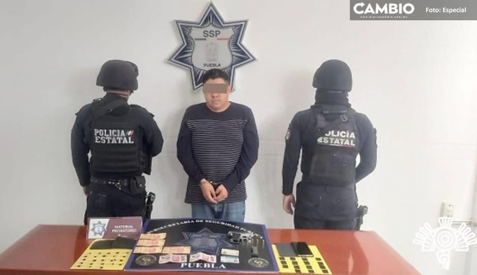 Detienen al dueño del bar Oshun en Atlixco; lo acusan de narcomenudista