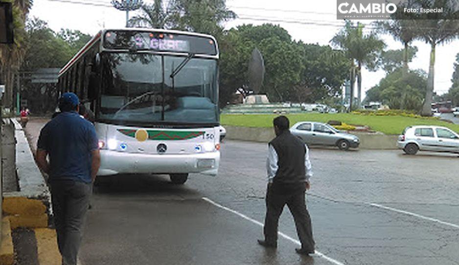Encañonan y asaltan a pasajeros de camión Surianos